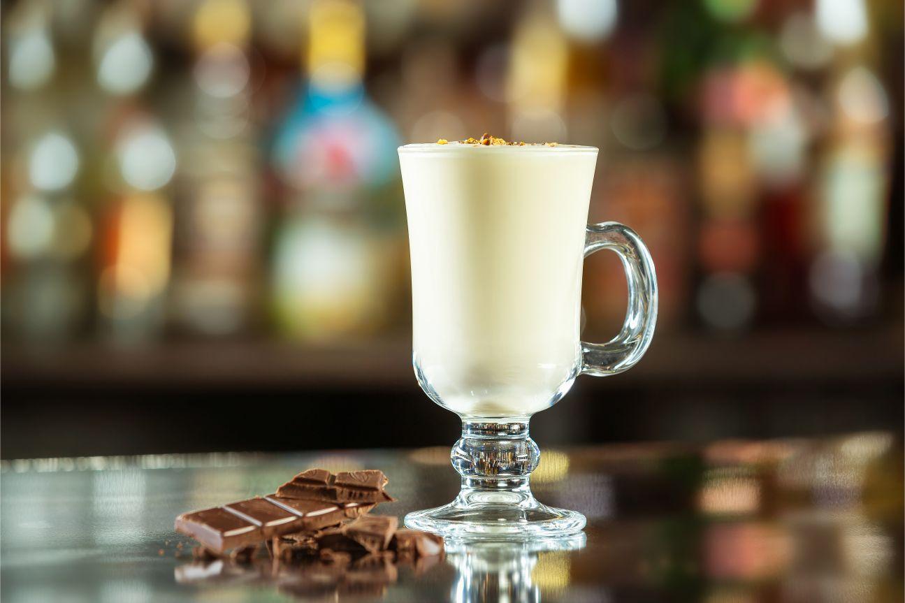 Horká čokoláda s irským krémem