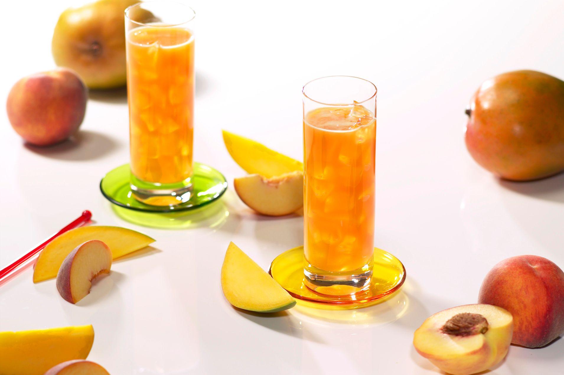 Nápoj broskev mango