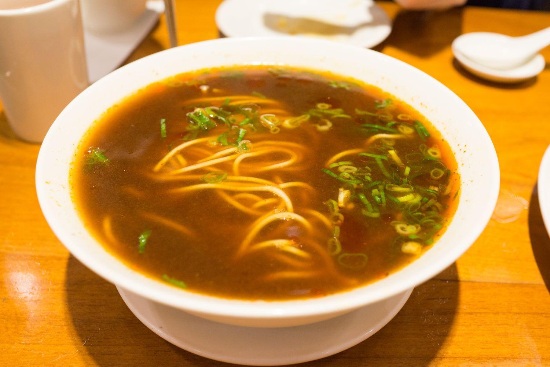 Hovězí polévka s nudlemi